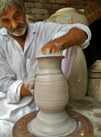 the potter Amir