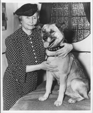 Helen Keller and her Akita