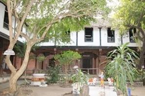 Ahilya's home