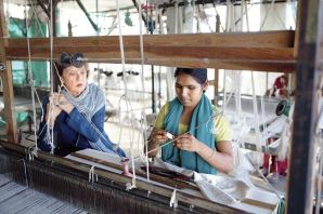 Weave-Sally-Holkar